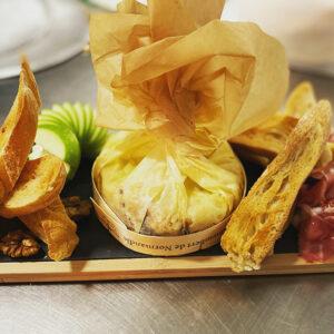 plat_restaurant_aoc41_camembert